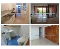 Casa unifamiliar en renta - el esmeraldal envigado cod:-./*11115