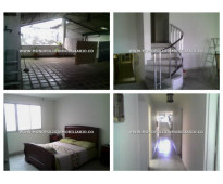 Casa para la venta en medellín . estadio  **cod:!!!!!!!! 5408