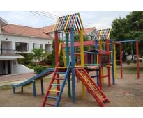 Venta de parques infantiles en madera plastica