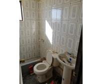 Vendo casa de 2 pisos reformada